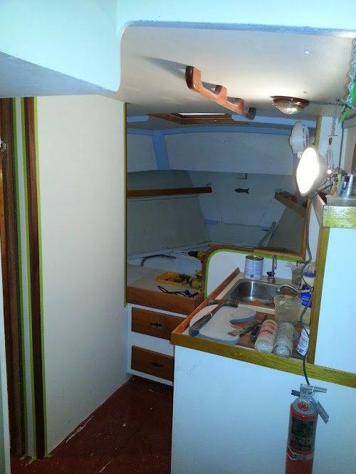 3 shower and vee berth.jpg