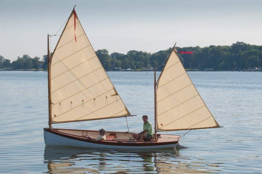 Coquina-1 Raul and I sailing.jpg