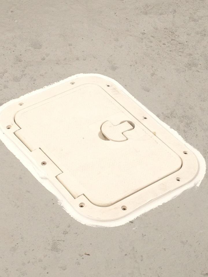 privateer fuel hatch.jpg