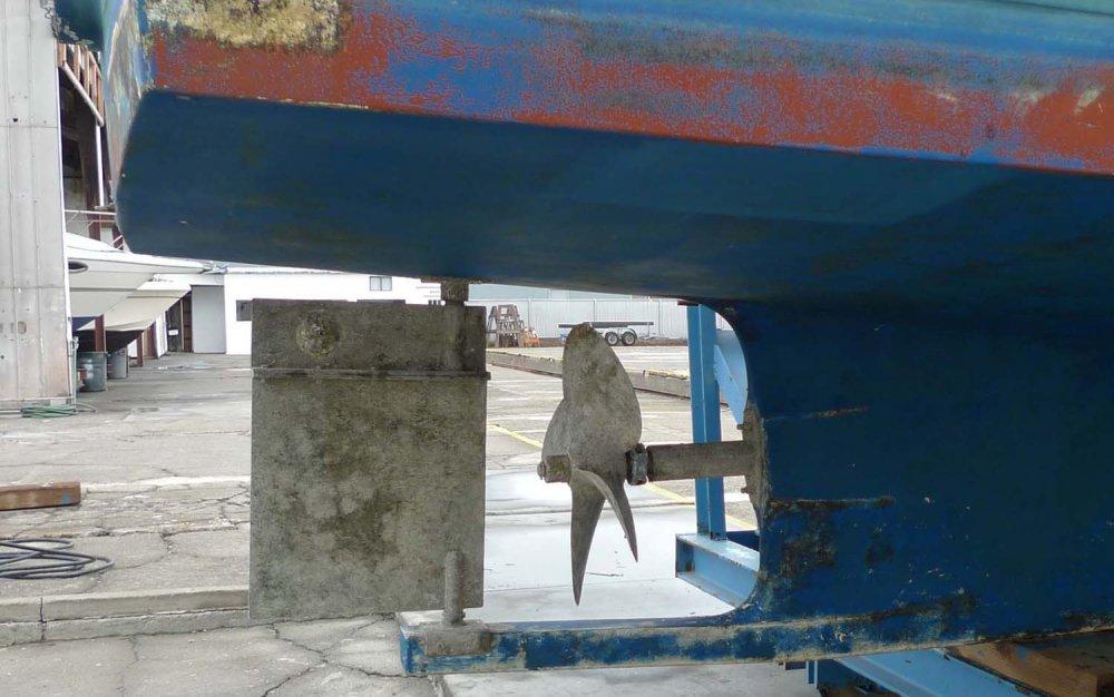 Ricky boat below waterline 017 - Copy.JPG