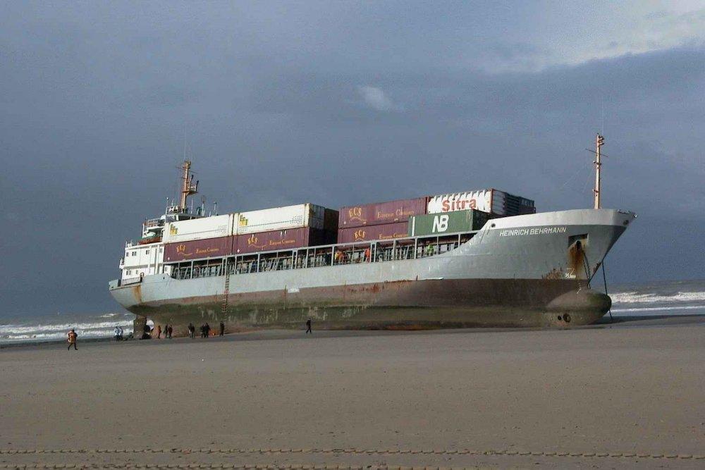 container-ship-run-aground-on-beach.jpg