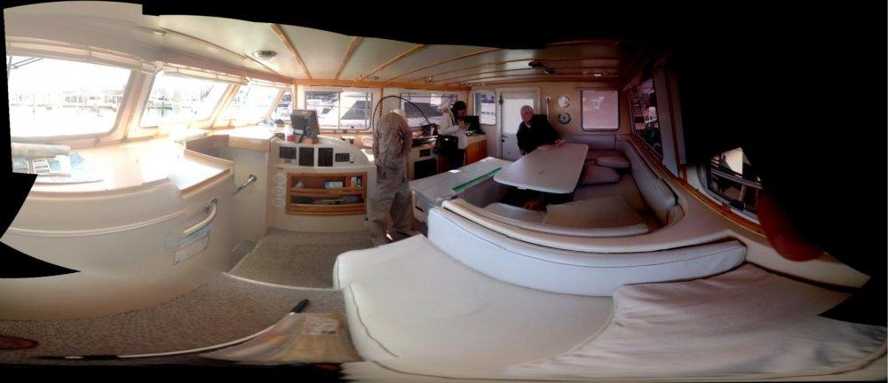 Boat Salon.jpg